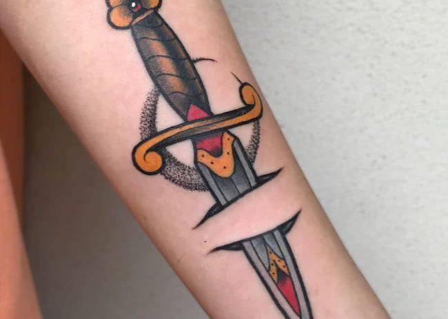 New skool tattoo dolk