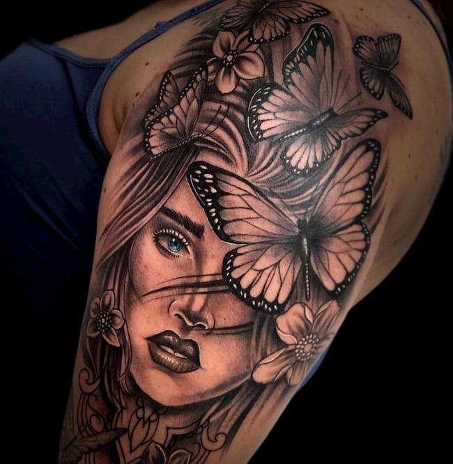 Tattoo-bovenarm-vrouw