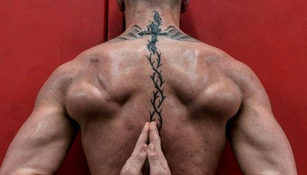 tattoo conor mcgregor rug nek
