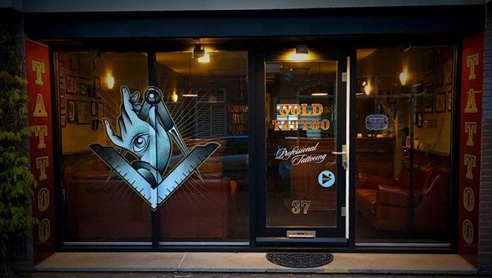 Tattoo-shop-Eindhoven-Gold