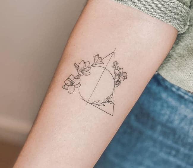 kleine tattoo bloemen