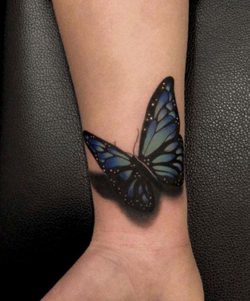 tattoo-3d-vlinder-op-pols