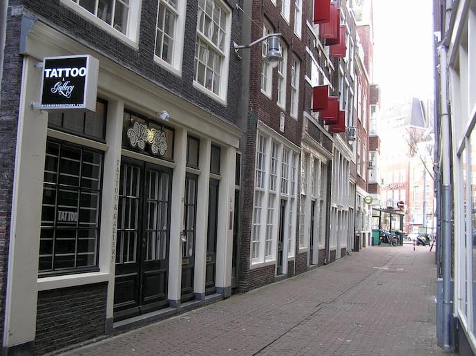 tattoo-shop-amsterdam-wise-kid-tattoos