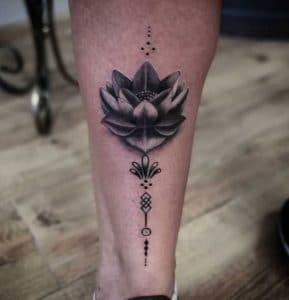 Tattoo-onderbeen-vrouw-maori
